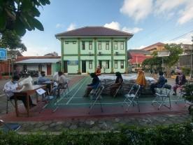 Pendistribusian Beras Untuk KPM PKH dan BST Tahun 2021